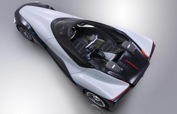 Nissan-BladeGlider-2013
