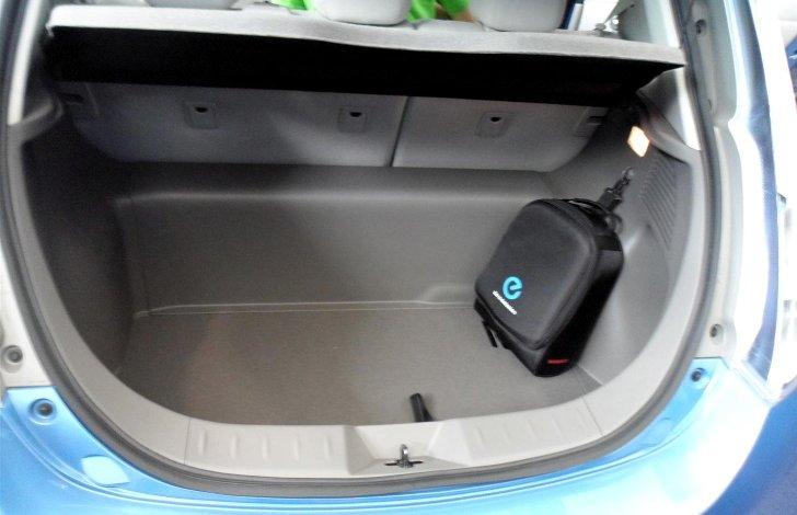 Багажное отделение Nissan Leaf ZE0 - 2011 - 2017
