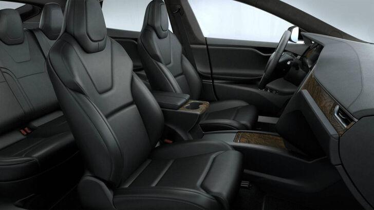 Black Premium Tesla Model S