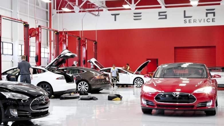Tesla Service - discussion schedule