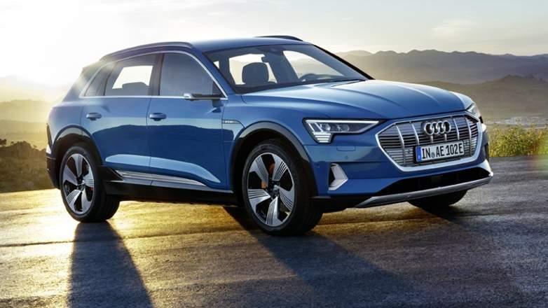 Кроссовер Audi e-tron