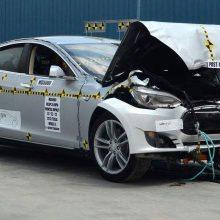 Tesla — самый безопасный электрический автомобиль