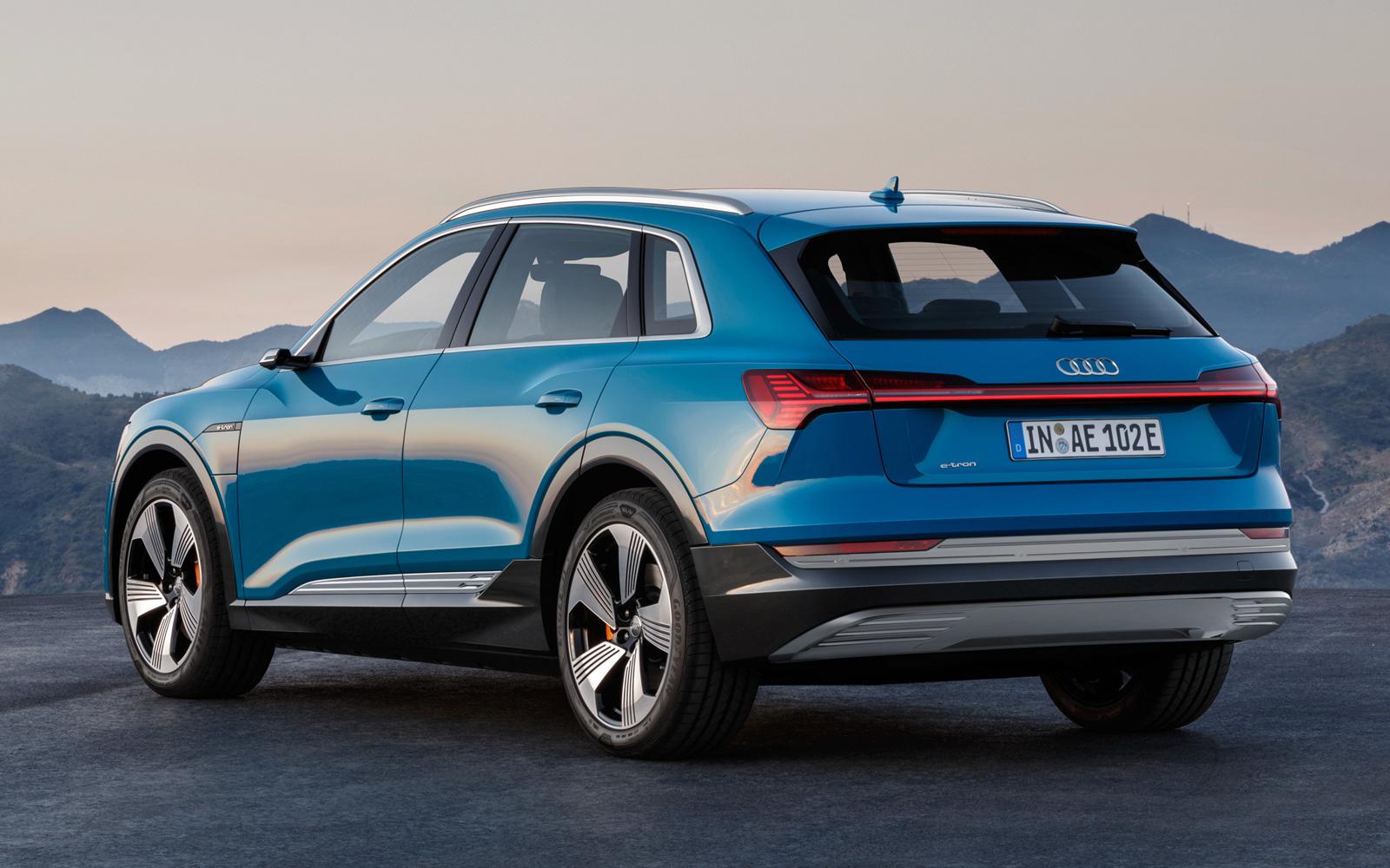 Немецкий концерн Audi заявил о намерениях полностью перейти на электрокары в 2026 году